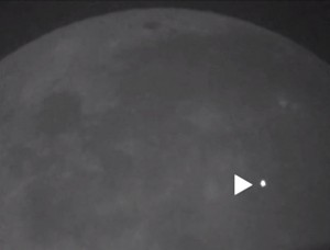 Pictures: A Huge Explosion When a Meteor Hits the Moon