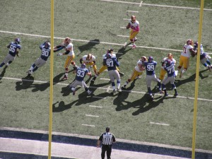 NFL Analysis: How To Defend the Read Option